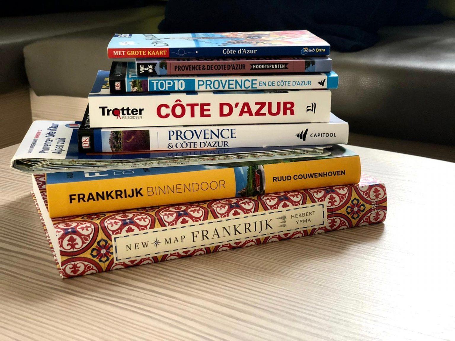 Informatieboeken over de regio in chalet